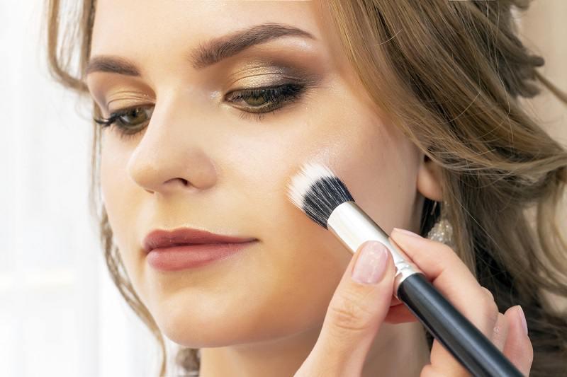 makeup-girl-model